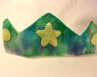 Crown star birthday Australian made wool felt Waldorf inspired green