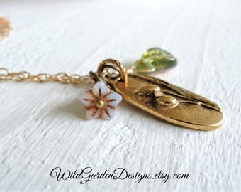 Meadow Charm Necklace Long Pendant Necklace Gold Necklace Wildflower and Leaf Pendant Romantic Floral Necklace Gift for Her Woodland Nature
