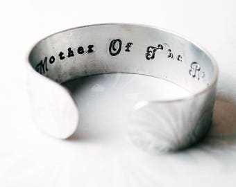 Mother of the Bride gift, Silver coloured cuff, mother in law, personalised wedding gift, handstamped wedding day, mother gift,