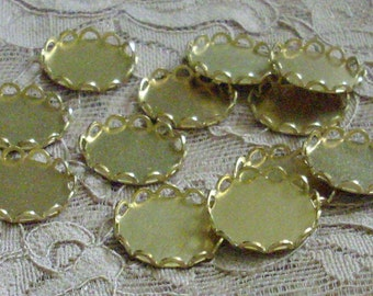 15mm round brass closed back lace edge cup settings 12 pieces lot l X N