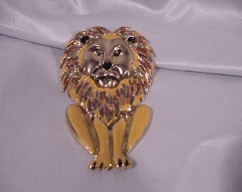 Over-the-top Pin Lion Reticulated Heads Feet Move Large!