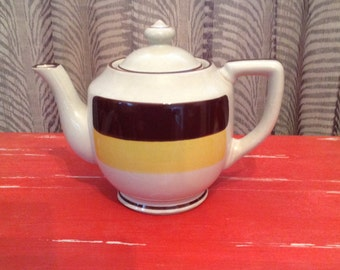 Stonecrest Teapot Rainbow 1004T Made in Korea. Holds 5-6 Cups.