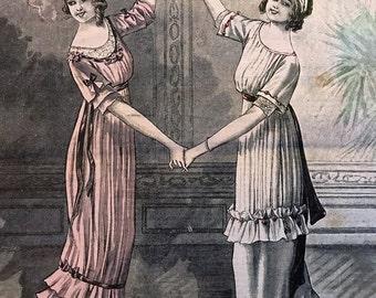 Vintage French Fashion Magazine Newspaper  Le Petit Echo de la Mode March 20, 1913
