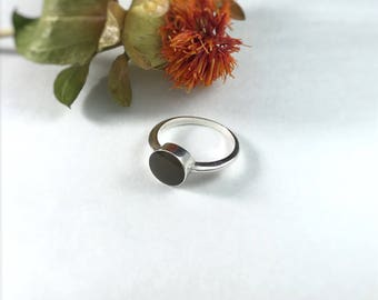 Custom Memorial Jewelry, Cremation Jewelry, Minimalist Ring, Sterling Silver Pet Ashes Jewelry