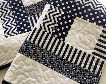 Baby quilt, play mat, lap quilt, modern, nursery, blue, white, navy, quilt