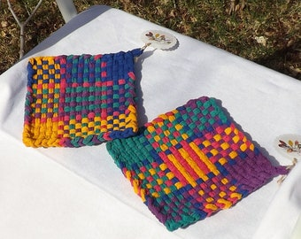Kitchen Gift Set, Retro Loom Woven Cotton Potholders, Colorful Housewarming Gift, Hostess Gift, Rustic Kitchen Decor, Handmade Home Gift