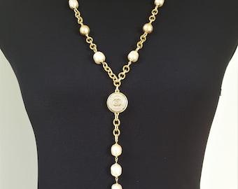 Vintage Antique and Designer Button Jewelry by veryDonna
