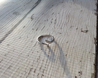 Angel wing with Heart adjustable silver ring