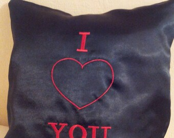 decorative cushion in black satin embroidered I love you