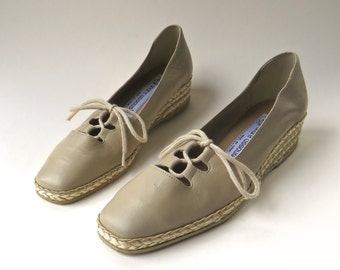 vintage André Assous Tan Kid Leather Lace-Up Espadrilles / Made in Brazil