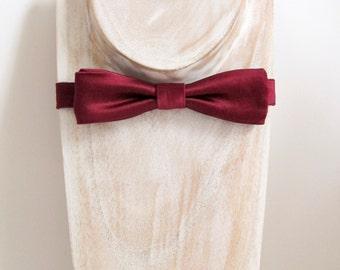 Burgundy heavy weight silk duchess satin pre-tied slim batwing bow tie