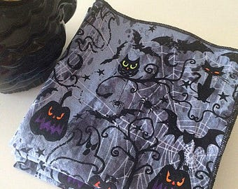 Halloween cloth napkins Jack O Lantern Owls Black Cats Party Trick or Treat Set of 4