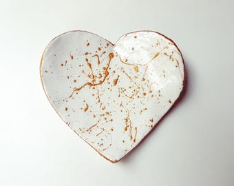 White and gold heart shaped air dry clay ring dish/bowl, trinket dish, key dish, Birthday gift, Mother's day, Jewellery