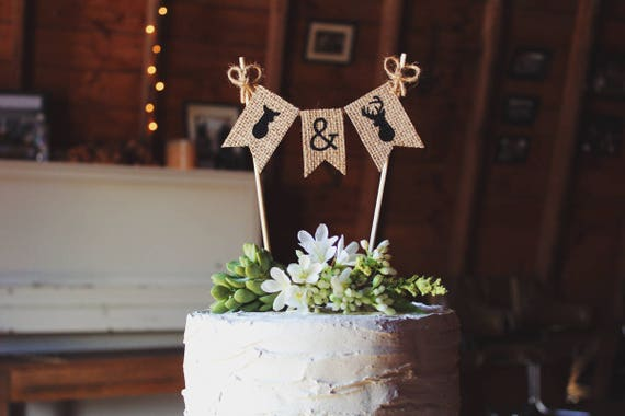 rustic wedding cake toppers canada buck and doe cake topper deer wedding cake topper rustic 19582