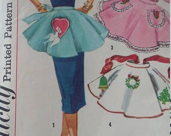 Vintage Simplicity 1846 Sewing Pattern Set of One-Yard  Aprons  Transfers Included -only 1 cut out
