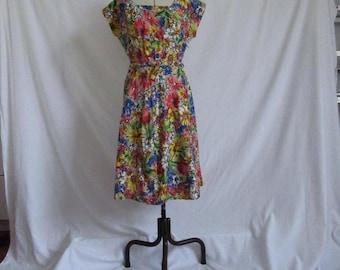 1950's- 1960's floral cotton print dress