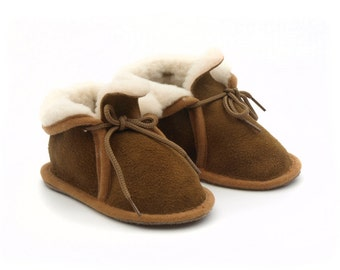 For Cecile - Babies/toddlers 100% sheepskin booties
