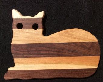 Wooden cat cutting board