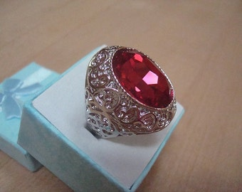 Large Oval Cut Dark Pink Topaz 925 Sterling Silver Filigree Ring Size 8