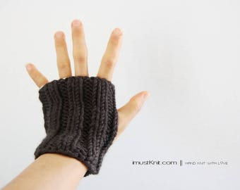 chunky hand knit fingerless gloves | raven fingerless mittens ||| driving gloves || ribbed gloves | gift for unisex  -raven
