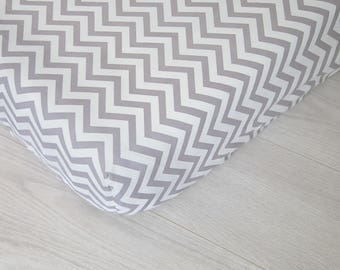 Organic Changing Pad Cover | Gray Chevrons