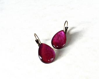 Magenta teardrop earrings / Metallic purple pink dangle earrings / Cute earrings / Romantic gift for her / Drop earrings / FREE SHIPPING