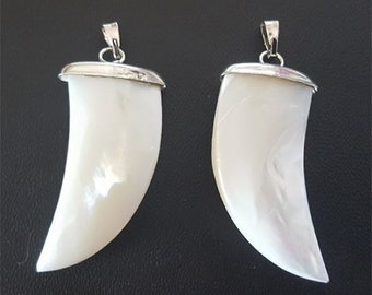 Set of 2 large silver shark tooth pendant bead, tooth pendant, mother of Pearl pendant 17 x 30mm #3433