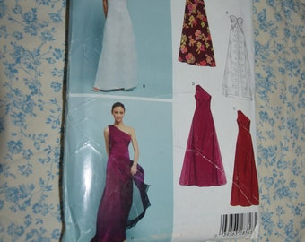 New Look 6400 Wedding , Bridesmaid or Formal Dress Sewing Pattern - UNCUT -  Size 8 - 18