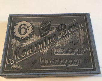 Antique Notepaper & Envelopes Mourning Box, very old probably victorian.