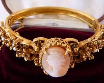 vintage Florenza Victorian Revival cameo bracelet | genuine carved shell cameo | ornate gold tone Renaissance Revival | Della Robbia