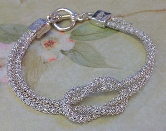 SilverSilk Brilliant Silver Love Knot Bracelet