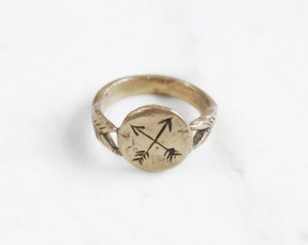 Golden Crossed Arrows signet ring