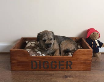 Handmade Wooden Dog Bed, Personalised Pet Bed, Rustic Reclaimed Dog Bed, Pallet Wood, Small Pet Bed, Named Bed, Wood Bed, Cat Bed, Farmhouse