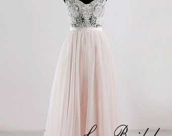 A Line Lace Wedding Dress with Cap Sleeves V Neckline Wedding Dress with Tulle Skirt