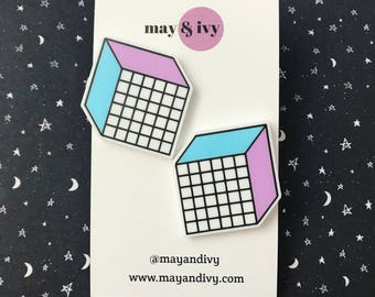 You're the cubest! 80s Geometric Cube Stud Earrings