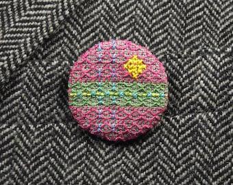 Badge brodé vert rose