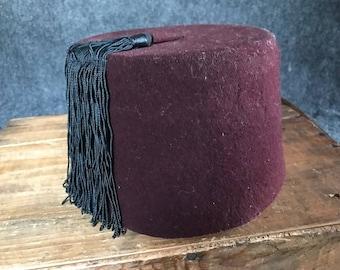 Vintage fez, maroon with tassel