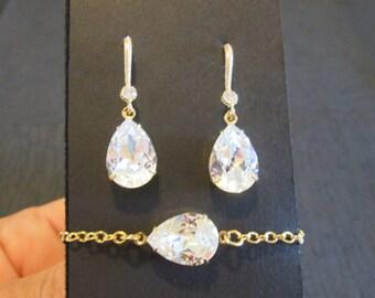 NEW Gold Bridesmaid Jewelry Set/Swarovski Clear Crystal/Bridesmaid Set/Crystal Bracelet/Swarovski Crystal Earrings/ Clear Crystal Earrings