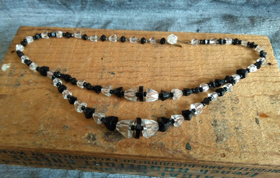 Vintage 1920s black, white Art Deco geometric glass two strand choker necklace Germany
