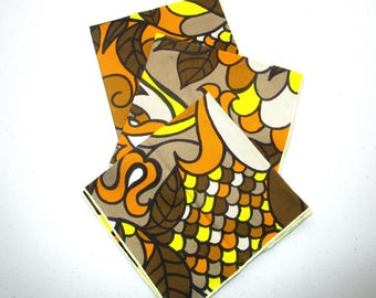 Fantastic Retro 1970's/1980s Cloth Napkins in Bold Orange, Brown, and Yellow Flower Print BOHO Home Reusable Napkins