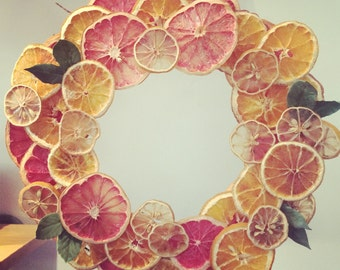Dry Fruit Citrus Wreath with Orange, Grapefruit and Lemon Slices