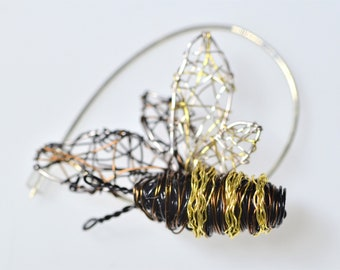 Bee jewelry, bee pin, bee brooch, black gold, wire jewelry, insect brooch, wire sculpture, art brooch, Christmas, unique gift woman, boho