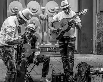 B&W Naples Street Musicians