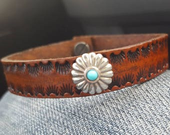 Tan Leather Bracelet - Skinny Cuff - Hand Tooled - Silver Concho - Turquoise - Southwest - Cowgirl Jewelry - Western