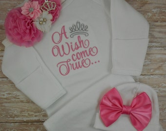 Baby girl coming home outfit, Newborn baby girl take home outfit, baby gown, baby girl gown, baby girl, hospital, hat, hospital gown, set