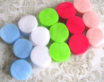 "150 pcs 1.5"" Felt Circles - Blue, White, Green, Baby Pink and Hot Pink"
