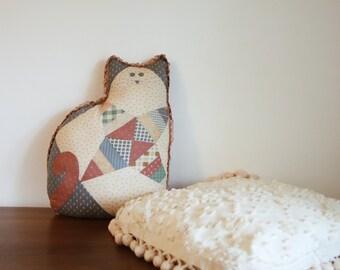 Set of Two 90s throw vintage pillows