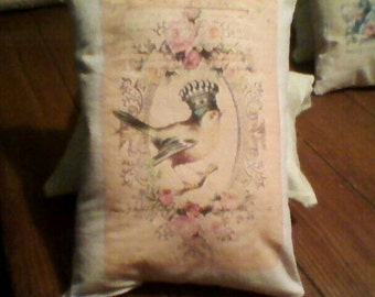 Bird with crown on head Decorative Pillow