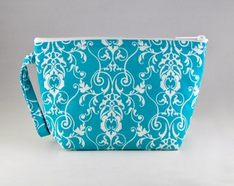 ONE LEFT - Blue Damask Makeup Bag - Accessory - Cosmetic Bag - Pouch - Toiletry Bag - Gift