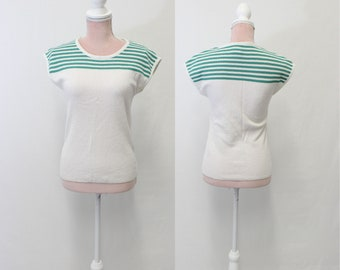 1980s Short Sleeve Sweater / 80s Sweater / White & Green Sweater / Small